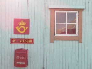 Post Office in Ny Alesund by Tom Phillips.
